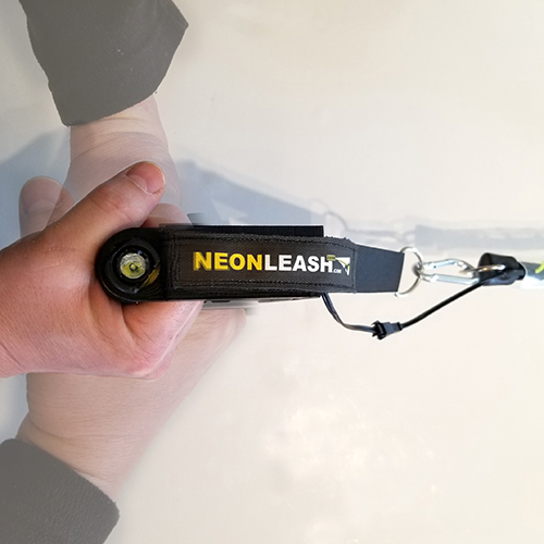 NeonLeash-Doggy Flashlight Handle can attach to any leash.